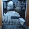 Tweet  Vous avez beaucoup de convives et donc beaucoup de vaisselle à chauffer? Mettez les assiettes, le plat de service, la saucière etc… Au lave vaisselle! Réglez le cycle […]