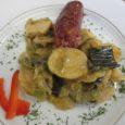 Tweet Poireaux, pommes de terre et saucissons…Une cuisson douce pour marier les ingrédients de cette délicieuse spécialité Suisse. Pour 4 personnes Préparation: 25 min Cuisson douce: 45 min Ingrédients Beurre: […]