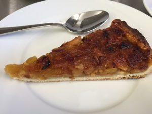 Fond tarte avec pommes